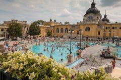 El baño termal de Szechenyi, Budapest Hungría imagen de archivo libre de regalías