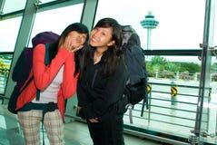 El Backpacking; Fabricación de caras Fotografía de archivo libre de regalías