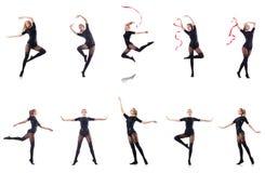 El baile de la mujer joven en el fondo blanco Imagen de archivo libre de regalías