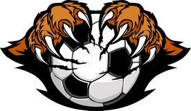 El balón de fútbol con el tigre agarra imagen Foto de archivo libre de regalías