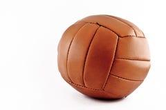 El balón de fútbol viejo Imágenes de archivo libres de regalías