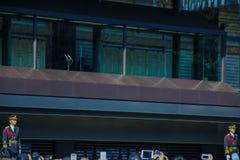 El balcón vacío donde miembros de los congrats de la familia imperial la gente en el cuadrado imagenes de archivo