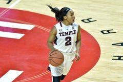 2015 el baloncesto de las mujeres del NCAA - templo contra el estado de Delaware Fotos de archivo libres de regalías