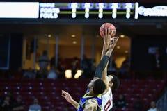 2015 el baloncesto de los hombres del NCAA - Delaware en el templo Fotografía de archivo libre de regalías