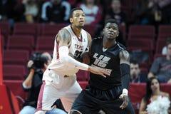 2014 el baloncesto de los hombres del NCAA - TEMPLO contra LIU Imagen de archivo libre de regalías