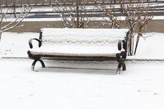 El banco de la nieve Imagenes de archivo