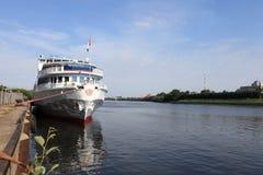 El barco de cruceros Imagen de archivo libre de regalías