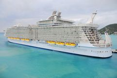 El barco de cruceros más grande del mundo Fotos de archivo libres de regalías