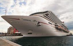 El barco de cruceros más nuevo del carnaval Imagen de archivo libre de regalías
