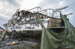 El barco de madera hermoso es debido Foto de archivo libre de regalías