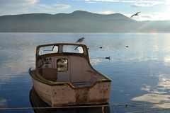 El barco en el lago Fotografía de archivo libre de regalías