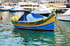 El barco maltés tradicional de Luzzu Imagen de archivo libre de regalías