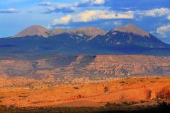 El barranco de la roca de las montañas de Salle del La arquea el parque nacional Moab Utah Imagenes de archivo