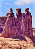 El barranco de la roca de tres chismes arquea el parque nacional Moab Utah Imagen de archivo