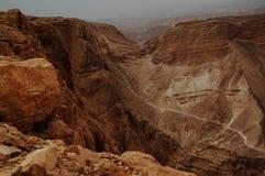 El barranco en el desierto de Judaean, Israel Fotos de archivo libres de regalías