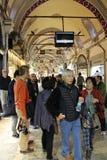 El bazar magnífico hace compras en Estambul Imagen de archivo libre de regalías