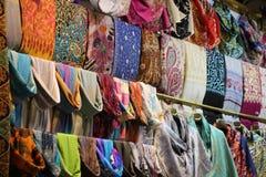El bazar magnífico hace compras en Estambul Fotos de archivo libres de regalías