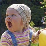 El bebé está llamando Fotos de archivo