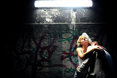 El besarse de novia y del novio Imagenes de archivo