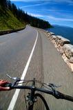 El Biking del camino Imagenes de archivo