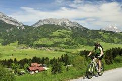 El Biking en Schladminger Tauern Foto de archivo libre de regalías