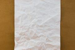 El blanco arrugó el documento sobre el st de papel de madera del vintage de la textura del fondo Imágenes de archivo libres de regalías