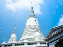 El blanco del templo de Prayun es hermoso imagen de archivo