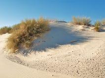 El blanco enarena las dunas del monumento nacional fotografía de archivo libre de regalías