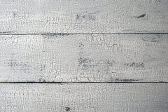 El blanco pintó el fondo de madera naturalmente envejecido del tablón fotografía de archivo