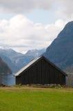 El boathut en los fiordos imagenes de archivo