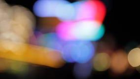 El bokeh De-enfocado oro del fondo del bokeh de la chispa resume la luz defocussed las luces del punto de la falta de definición  almacen de video