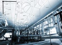 El bosquejo del diseño de la tubería se mezcló a las fotos del equipo industrial Imágenes de archivo libres de regalías