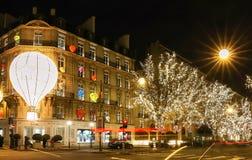 El boutique Dior adornado para la Navidad, París, Francia Fotos de archivo libres de regalías