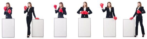 El boxeador de la mujer con el tablero en blanco en blanco foto de archivo libre de regalías