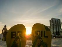 El Brasil - chancletas en la playa foto de archivo libre de regalías