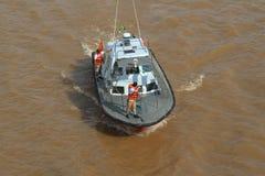 El Brasil: Piloto Boat en el río Amazonas Imagen de archivo