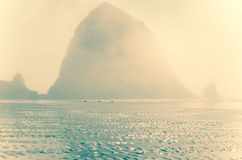 El brillar intensamente de la roca del pajar Fotos de archivo libres de regalías