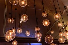 El brillar intensamente ligero de lujo retro de la decoración de la lámpara Imagen de archivo