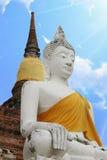 El Buda blanco de Wat Yai Chai Mongkol Ayutthaya Fotografía de archivo