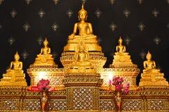 (El buddha, la Tailandia de oro) Foto de archivo