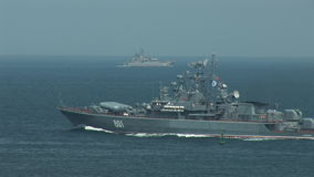 El buque de guerra ruso incorpora los ejercicios metrajes