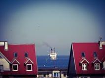 El buque de pasajeros en el golfo de Gdansk Imágenes de archivo libres de regalías