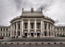 El Burgtheater de Viena en Austria foto de archivo