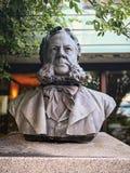 El busto Henrik Ibsen de la escultura foto de archivo libre de regalías