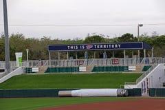 El césped del campo derecho en Hammond Stadium foto de archivo libre de regalías