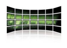El código binario brilla intensamente en las pantallas de la TV Fotos de archivo