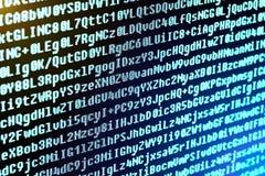 El código de programa es los caracteres, los números y las letras Imagen de archivo libre de regalías