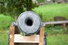 El cañón viejo en la fortaleza de Korela Imágenes de archivo libres de regalías