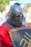 El caballero medieval en retrato de la batalla Imagen de archivo libre de regalías