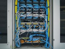 El cable LAN imagen de archivo
